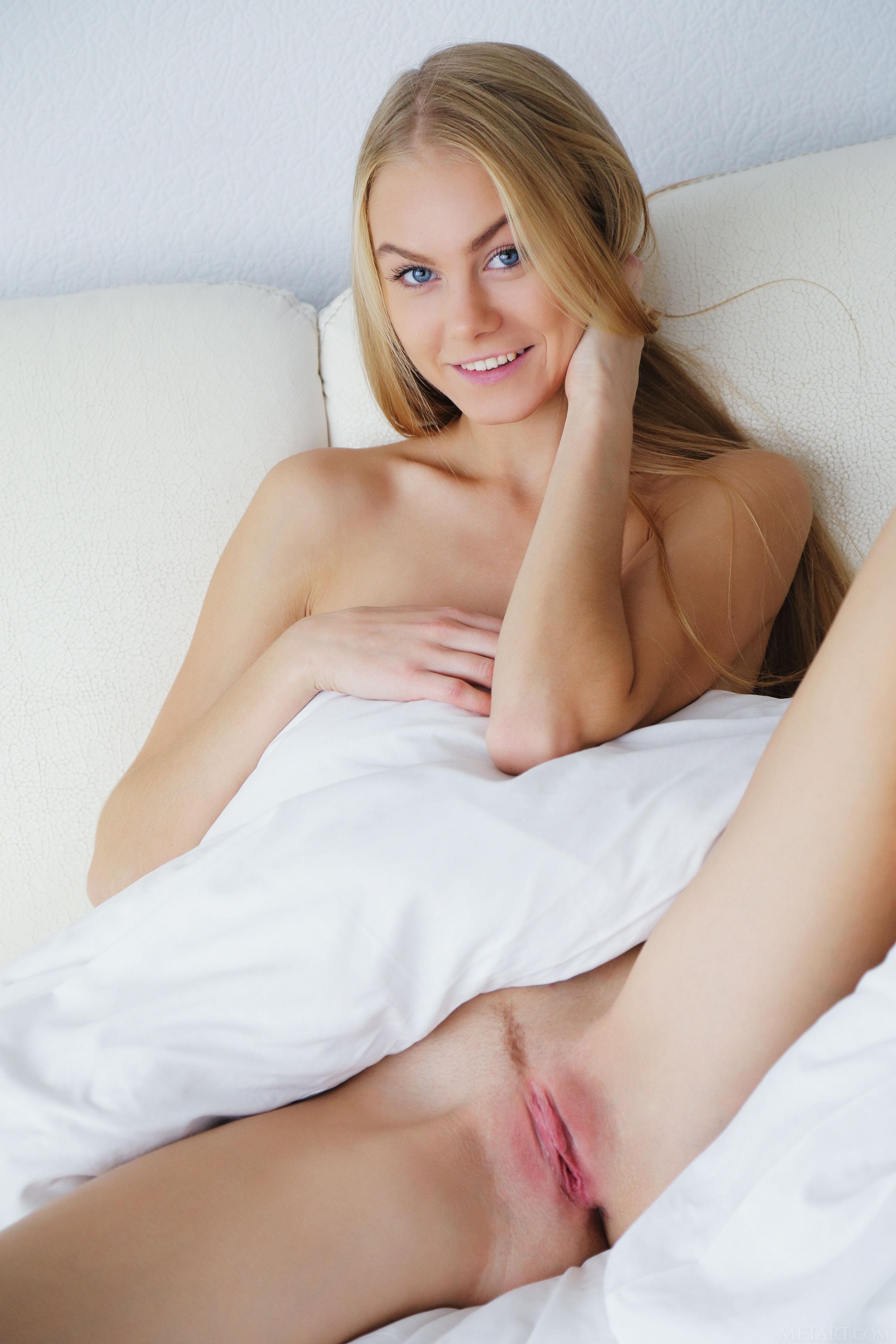 18 Virgin Sex - One Cock Goes