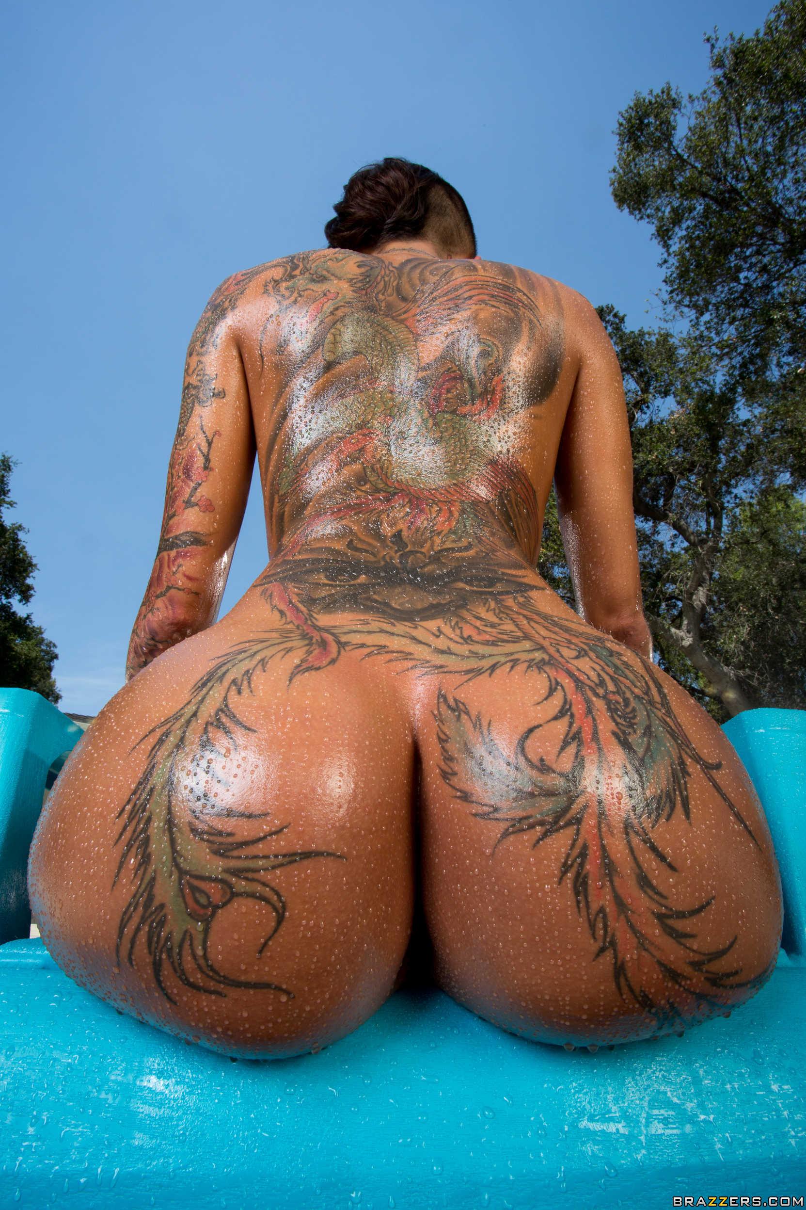 Hot persian nude bitchez erotic scenes