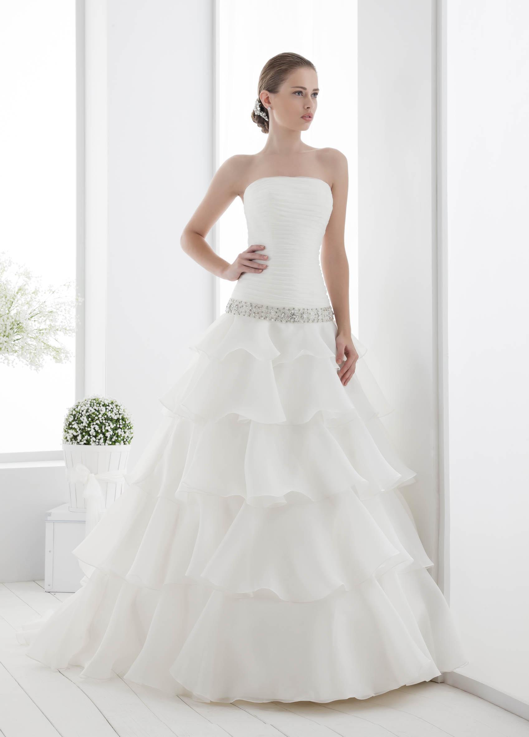 Свадебные Платья Из Италии С Заниженной Талией