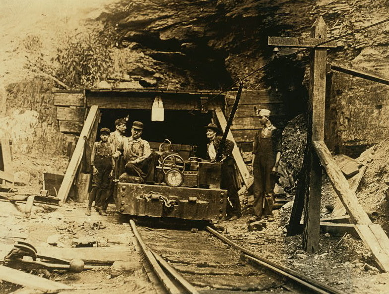 the conflict between coal miners and anti union forces in 1920 in the film matewan by john sayles Instead of focusing on miner - operator conflict john gaventa most anti union workers into the coal industry between 1910 and 1920 the black.