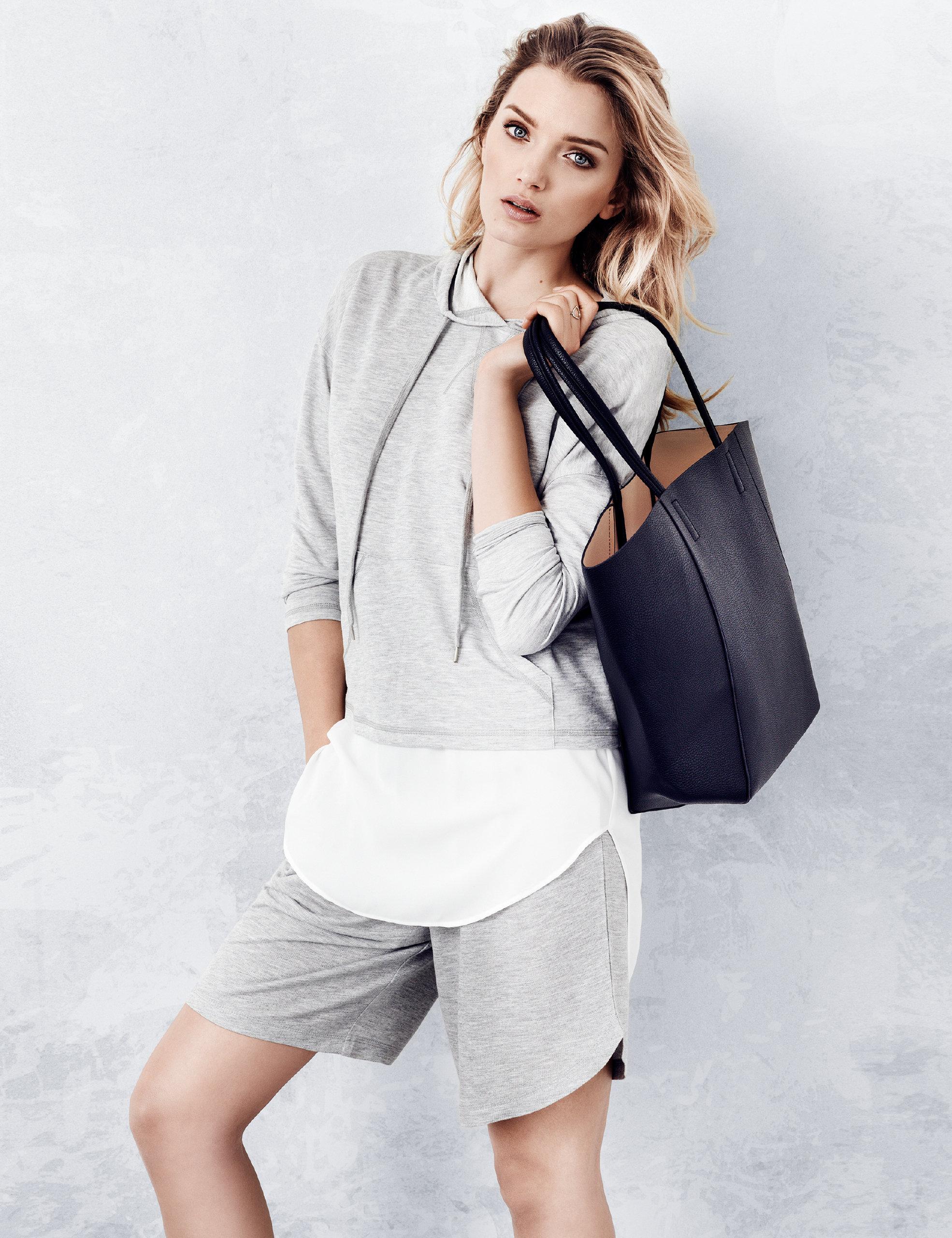 Список женской одежды с доставкой