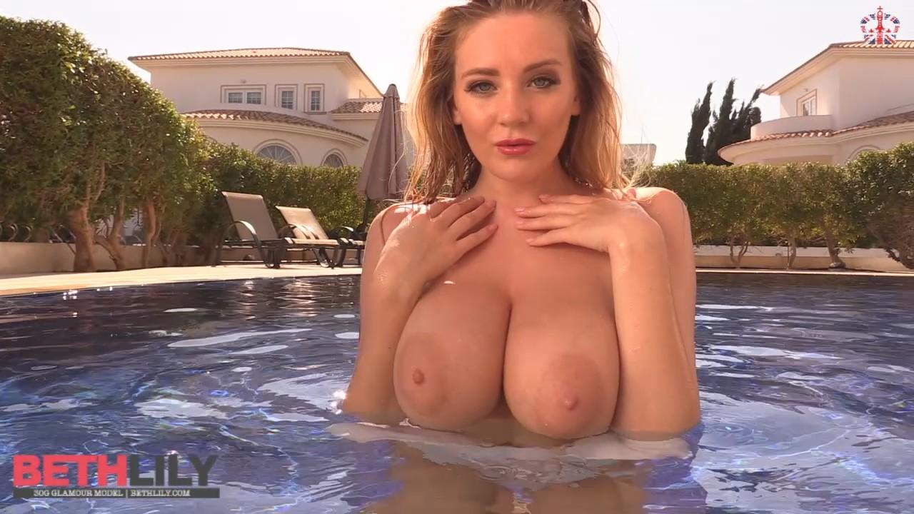 underwater tits