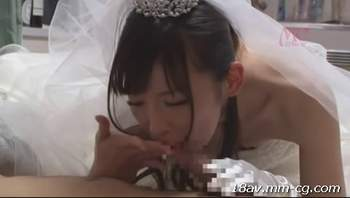 [短片][中字]春宵一刻值千金啊,美女穿著婚紗來我家