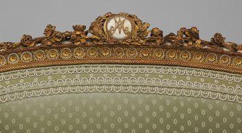 Le monogramme ou chiffre de Marie-Antoinette - Page 2 20061422_HB_41_13